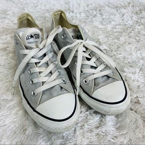 Converse AllStar Low Top Tennis Shoes Chucks Sz 8